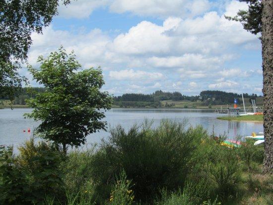 Le Lac de Devesset (07)