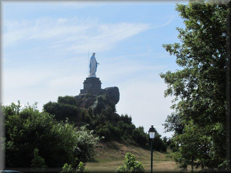 La Butte de Suin et sa Vierge