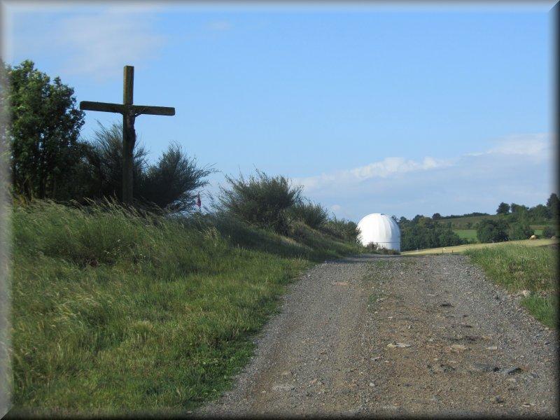 Le Chemin vers l'Observatoire Astronomique