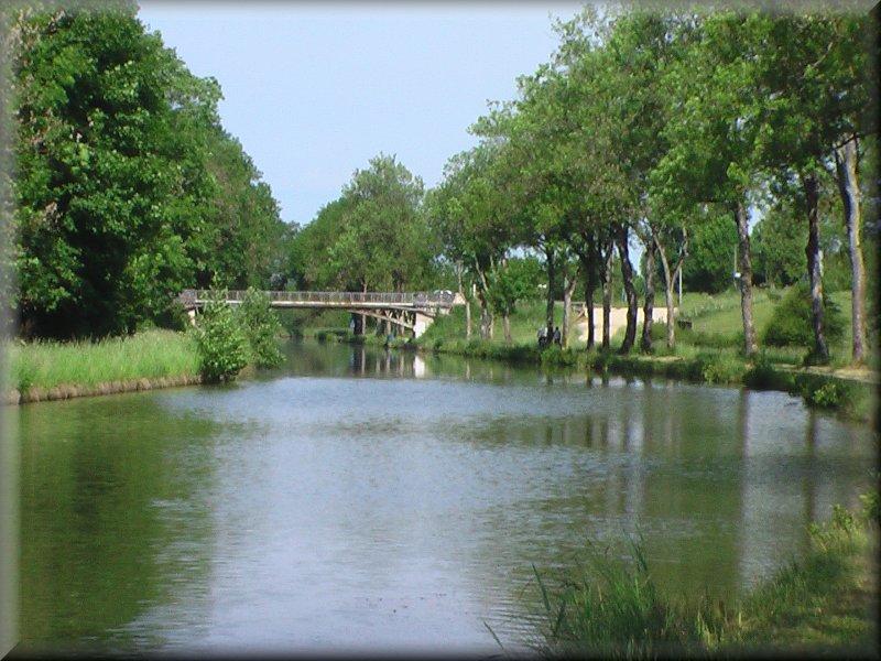 Le Canal de la Marne à la Saône