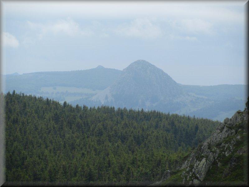 Le Mont Gerbier des Jonc vu des Roches des Cuzets