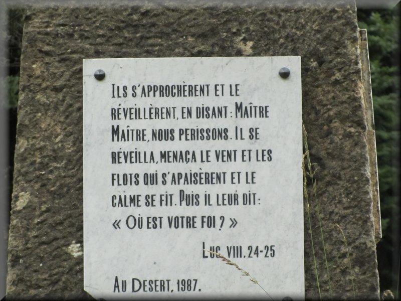 Au pied du Monument au Plan de Fontmort