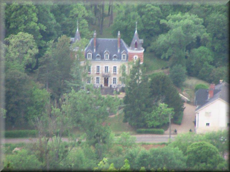 Le Château de l'Etang Vergy
