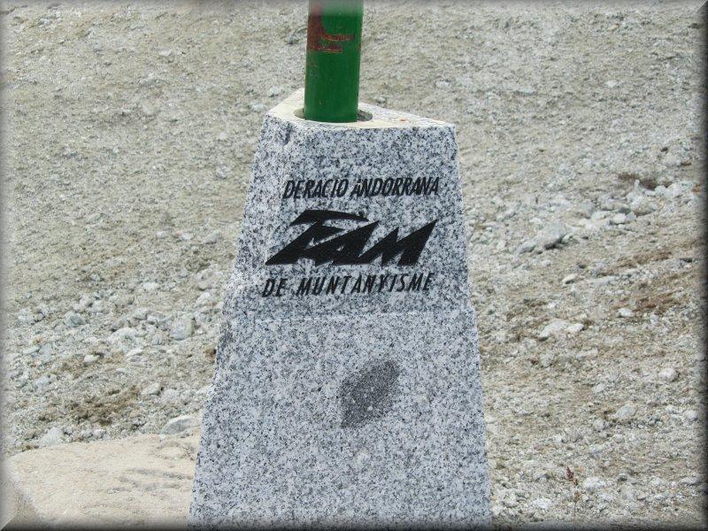 Sigle de la Federació Andorrana de Muntanyisme (FAM)