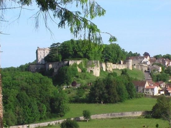 Chteau-de-Grancey.jpg