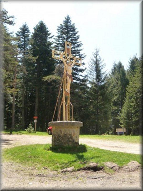 La Croix de Charousse