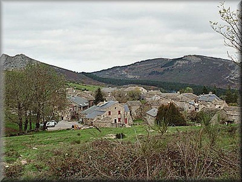 Le Hameau de Douch