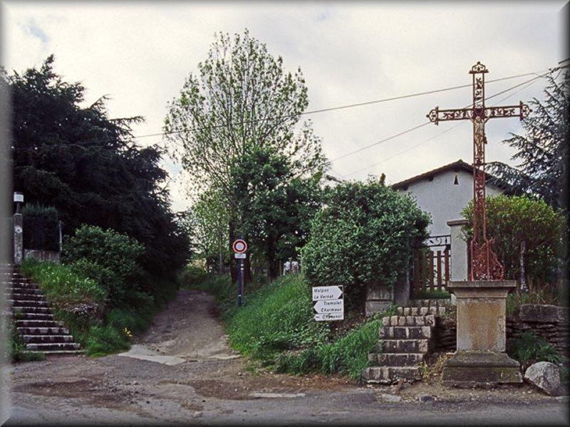 Le Départ du GR7 à Saint Martin de Coallieux