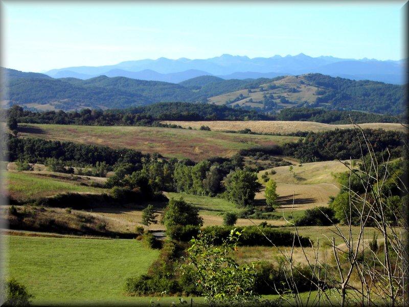 La Chaîne des Pyrénées Depuis Delpoux