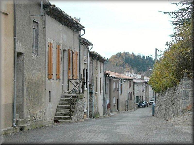 Une Rue de Belvis